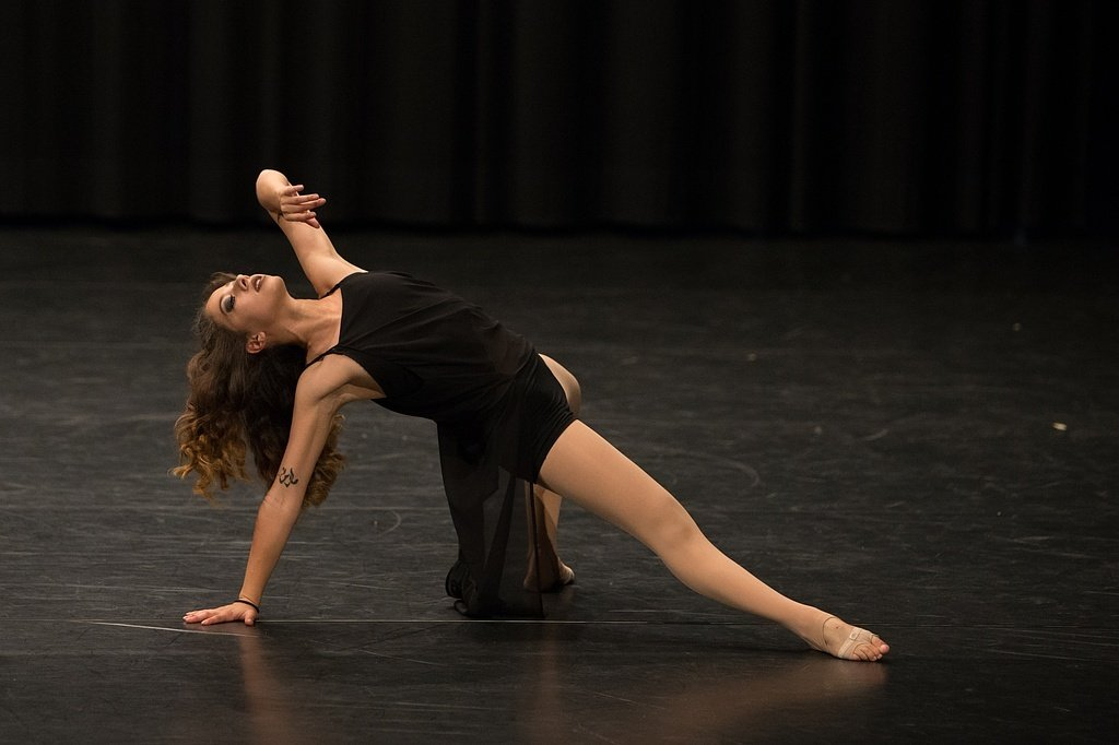 Monthey Dance Center - Jazz Dance Technique